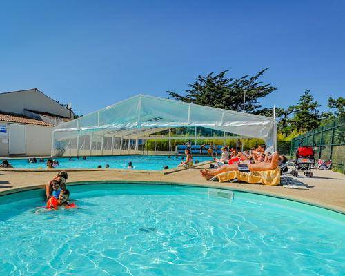 Camping les sables vignier plage camping - Camping saint aygulf avec piscine ...