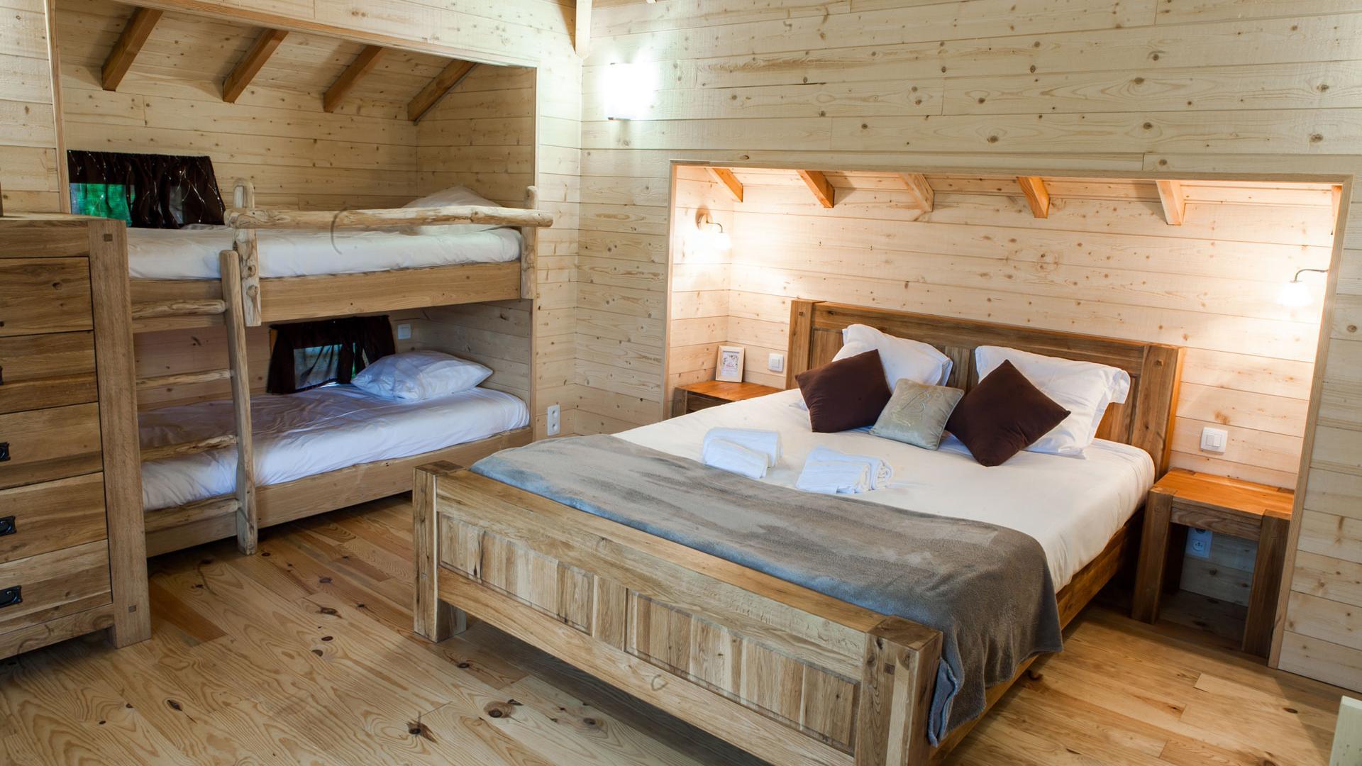 un camping de luxe pour mes vacances campings online. Black Bedroom Furniture Sets. Home Design Ideas