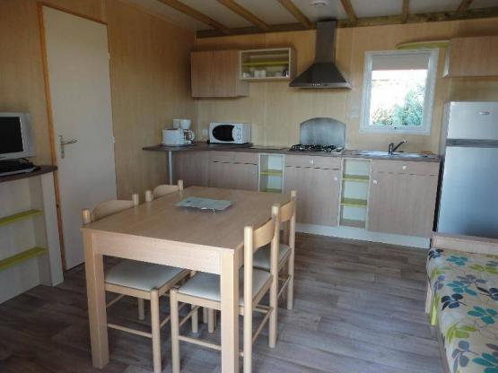 Chalet Grand Confort - 3 chambres avec terrasse en bois couverte ...
