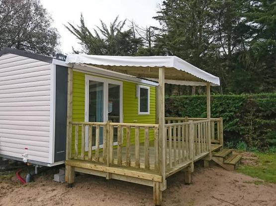 Mobilhome CAHITA Grand Confort 18 m² - terrasse bois semi-couverte ...